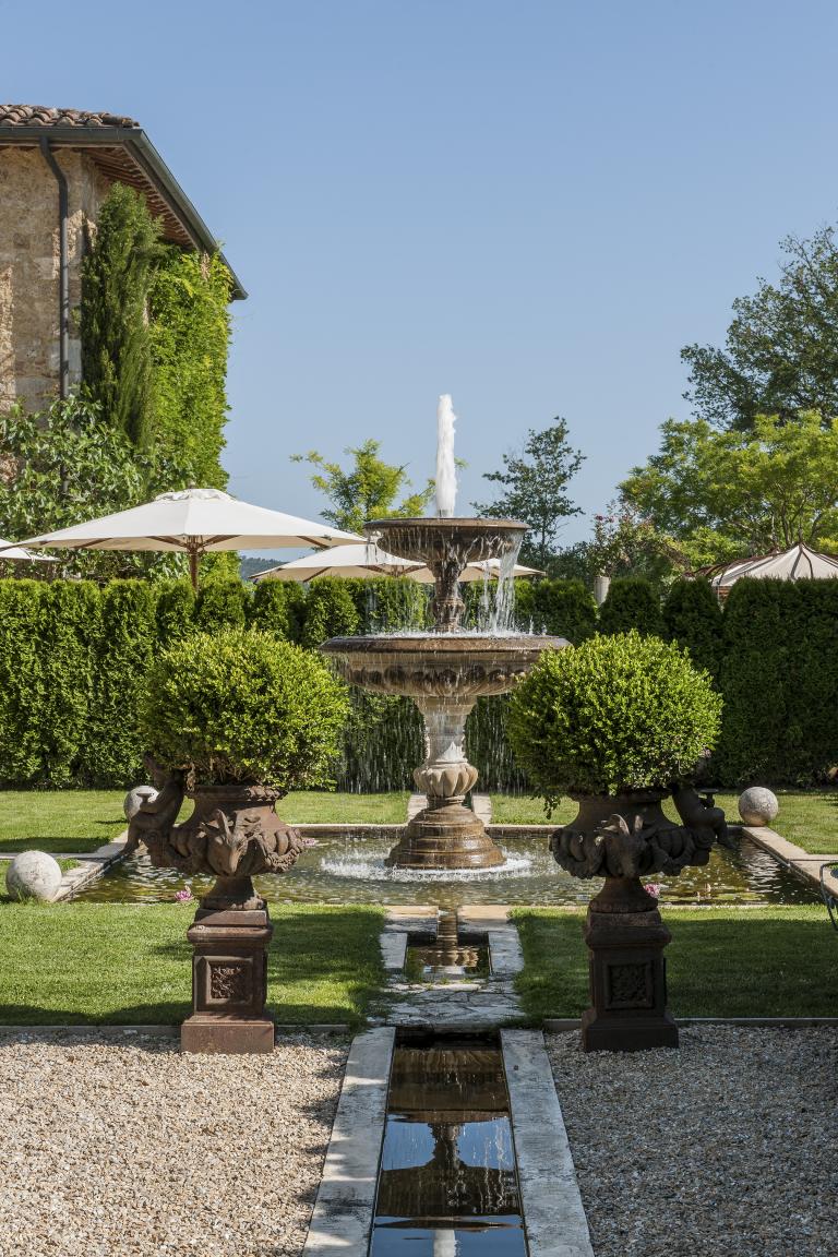 Borgo Santo Pietro_Fountain Garden