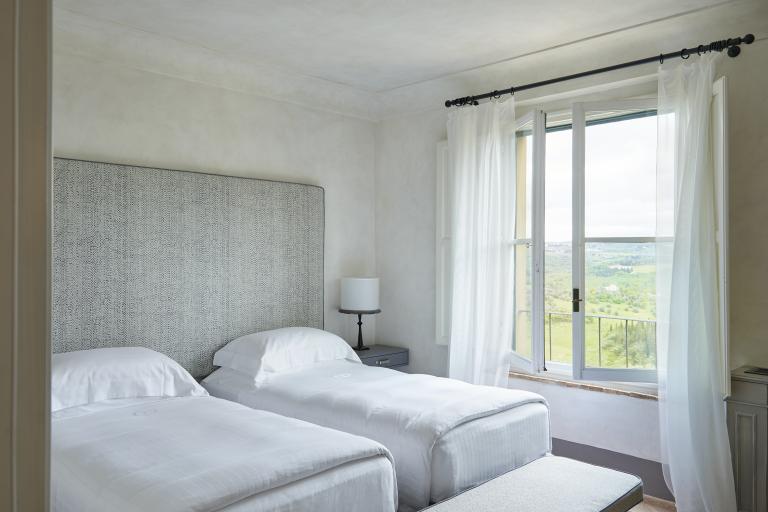 COMO Suite Bedroom 2 High Resolution 3