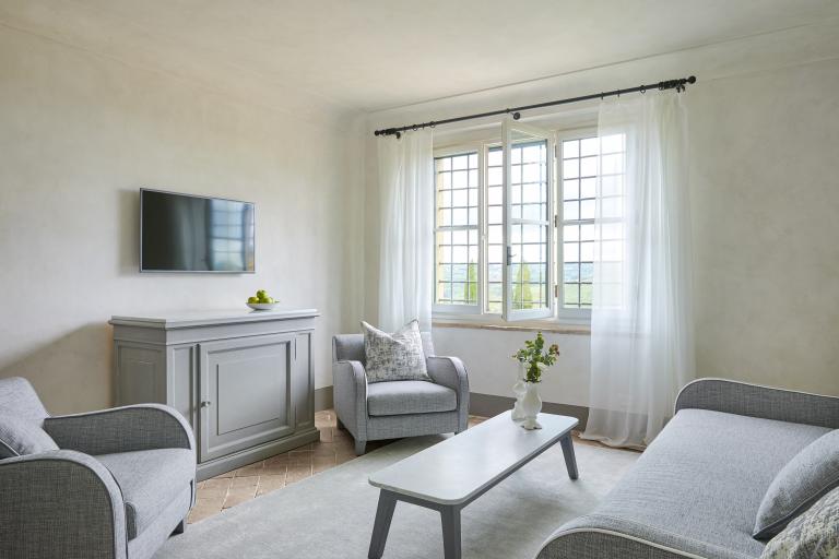 COMO Suite Living Room High Resolution 4
