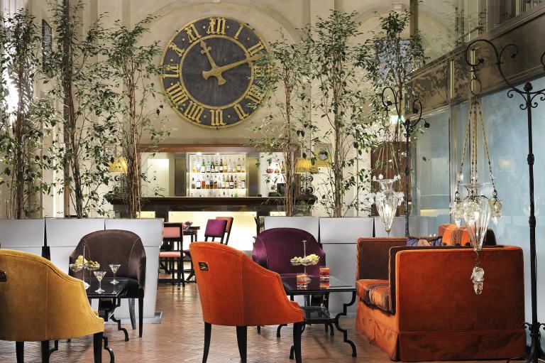 Grand Hotel Continental_Bar pag blocchetti testo foto verticale_ da tagliare