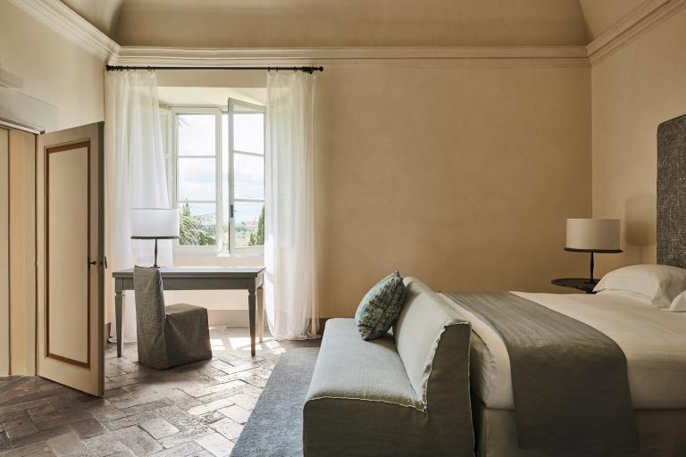 Heritage Suite Bedroom High Resolution 2