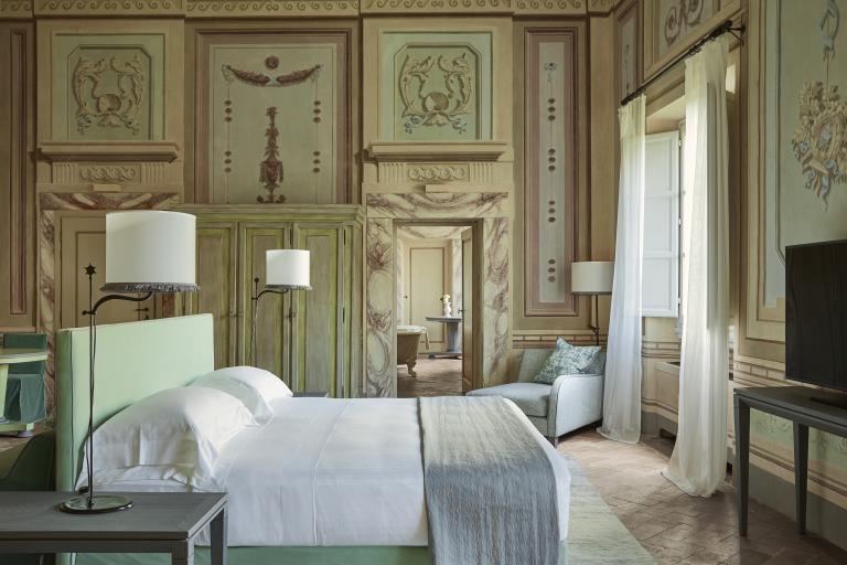 Heritage Suite Bedroom High Resolution 3