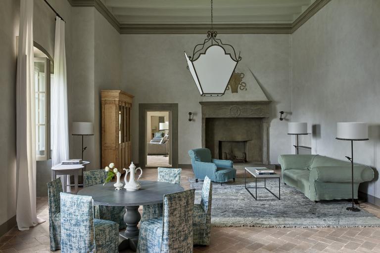 Sala Gran Camino fireplace High Resolution