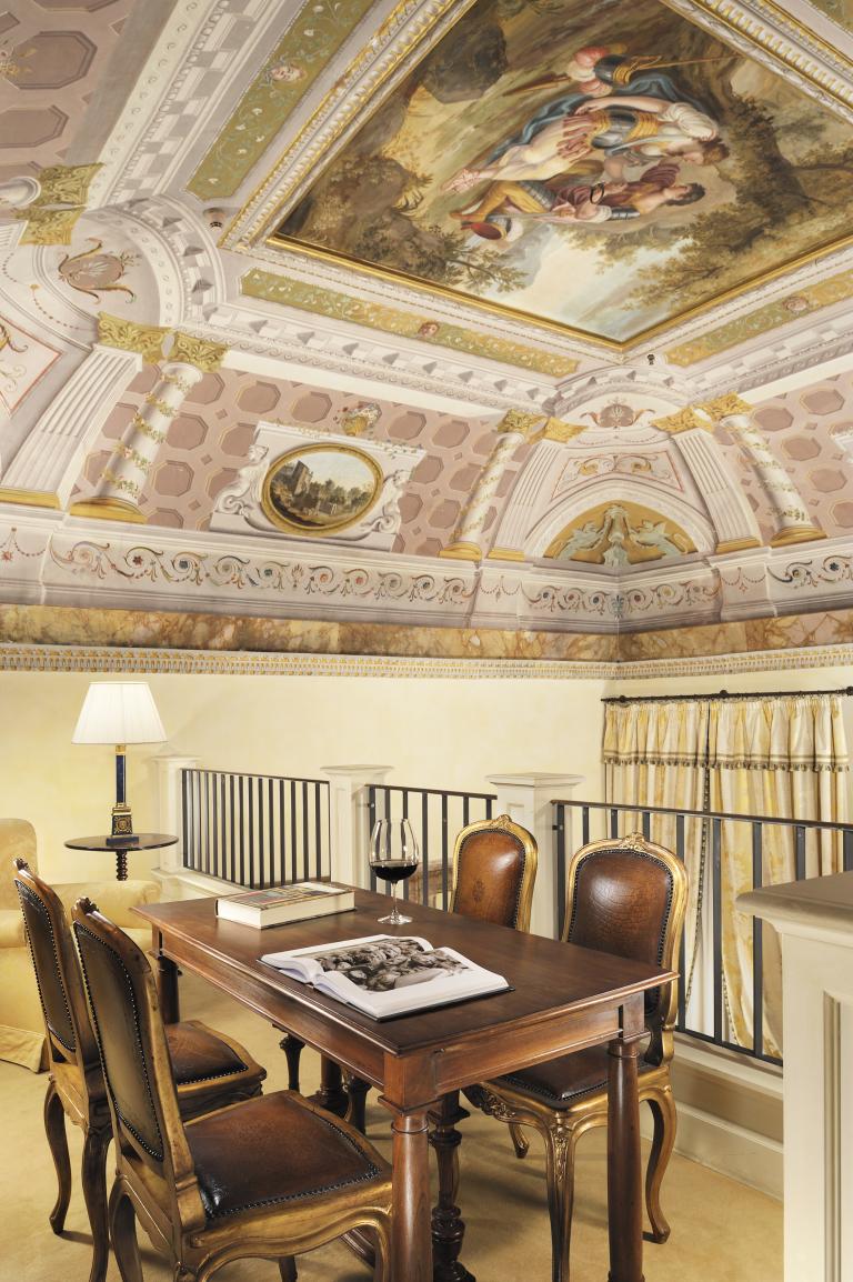 Starhotels_Grand_Hotel_Continental_Siena_Heritage Suite (2)
