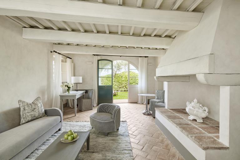 Tavernelle Suite Living Room High Resolution 2