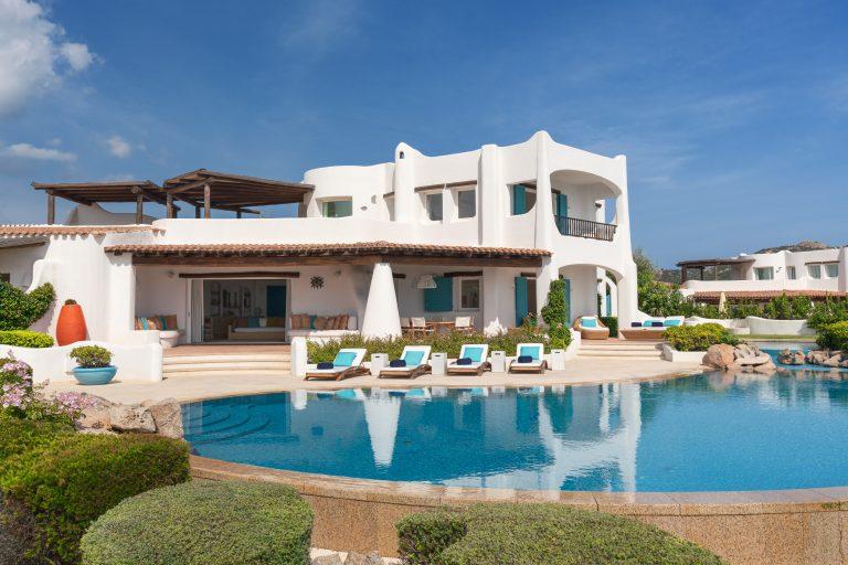 10-5Bedroom Villa Villa Smeralda Exterior Pool-