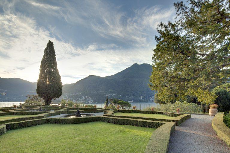 12 - Tuscan Garden from Below