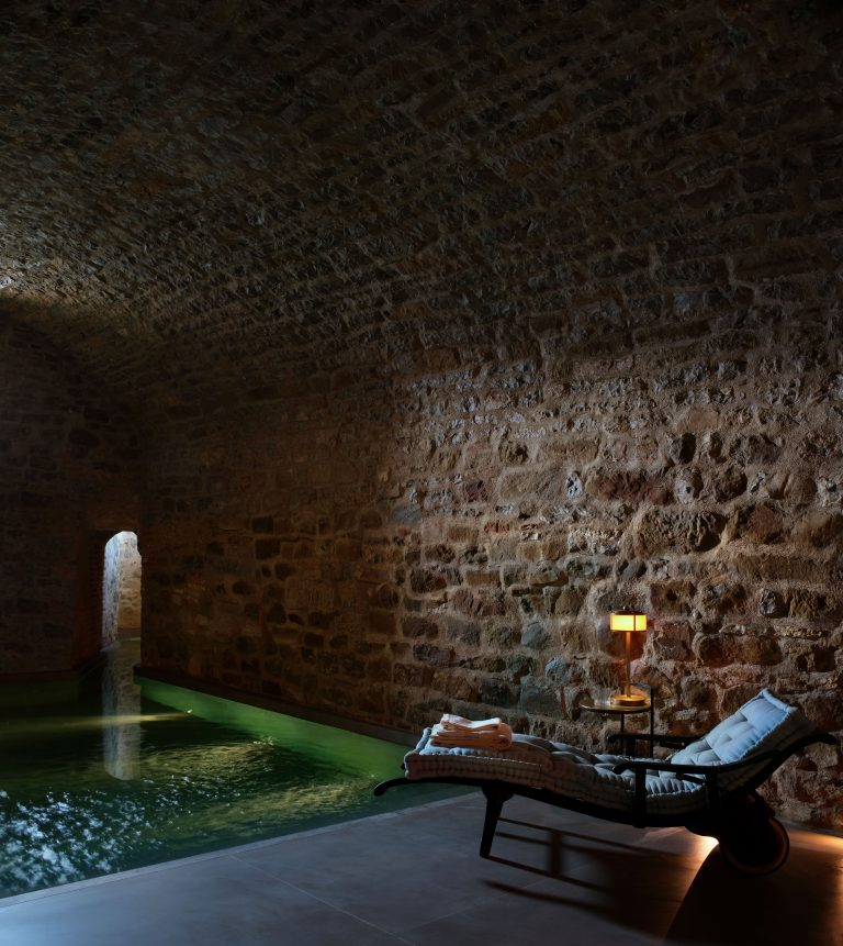 16_Reschio Estate - Hotel Castello di Reschio - The Bathhouse