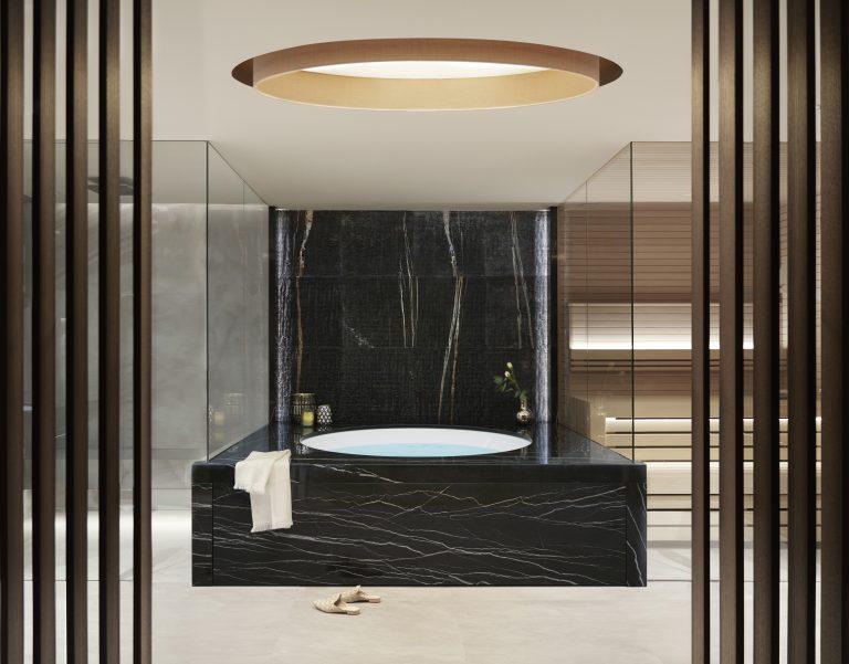 19_EXCLUSIVE SPASUITE_BATHROOM