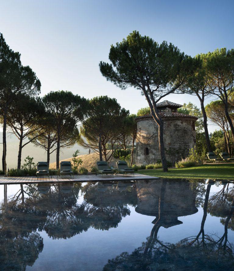 19_Reschio Estate - Hotel Castello di Reschio - Il Torrino Pool Bar