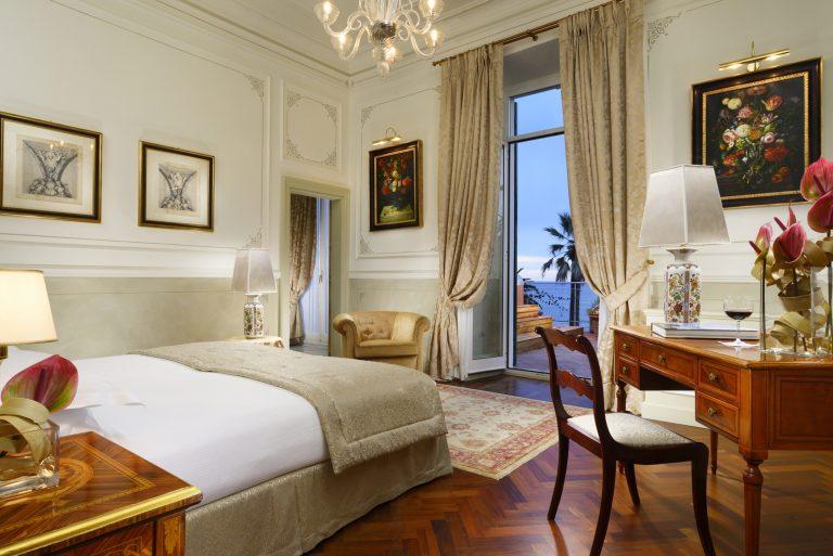 24 Sissi Suite bedroom