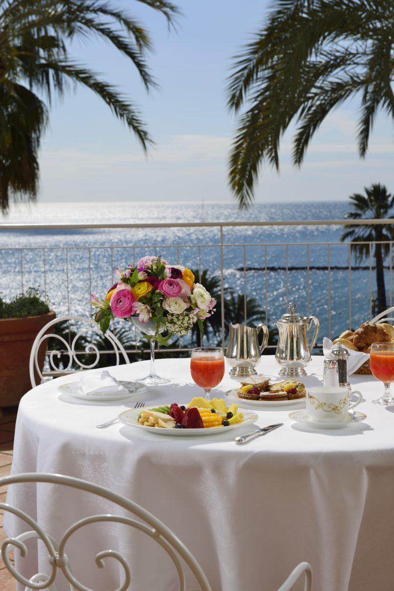 30 Breakfast Suite terrace