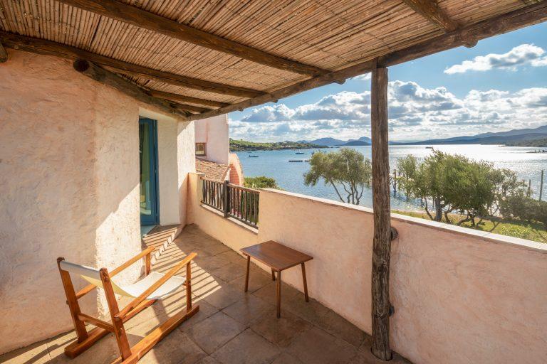 6-Heritage Premium Guest Room - Balcony-