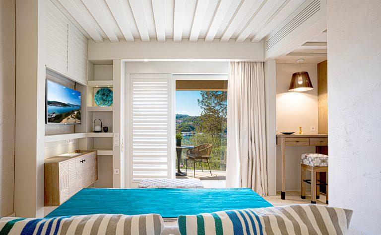7PKS_Suite & Room_Sea View Deluxe Room