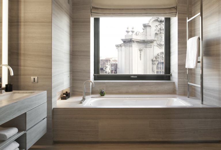 Armani Hotel Milano_Deluxe Room