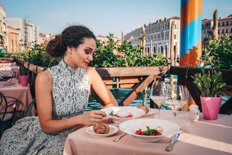 Ca'Sagredo RestaurantTerraceGrandCanalModel