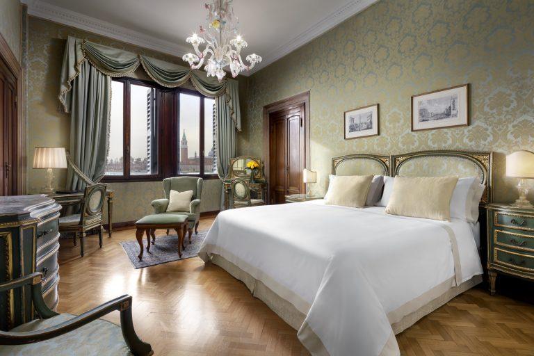 Hotel Danieli Deluxe Lagoon View Room - Palazzo Dandolo