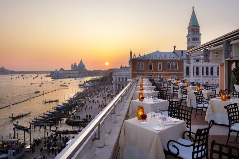 Hotel Danieli -Restaurant Terrazza Danieli - Terrace-Low