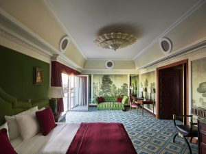 Hotel Principe di Savoia_Presidential_Suite_Bedroom_Green-min