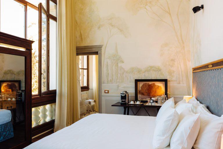 Il Salviatino Deluxe room dome view (2)
