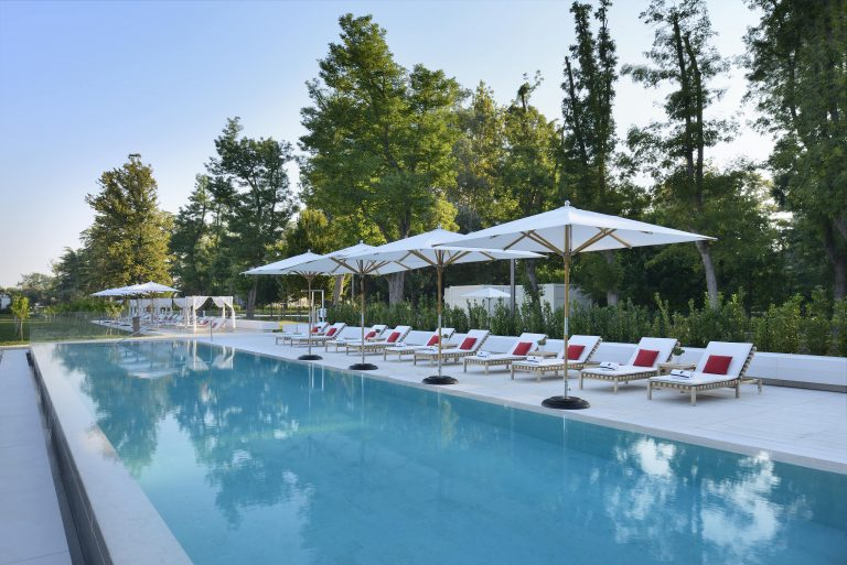 JW Marriott Venice Resort & Spa Family_Pool1-min