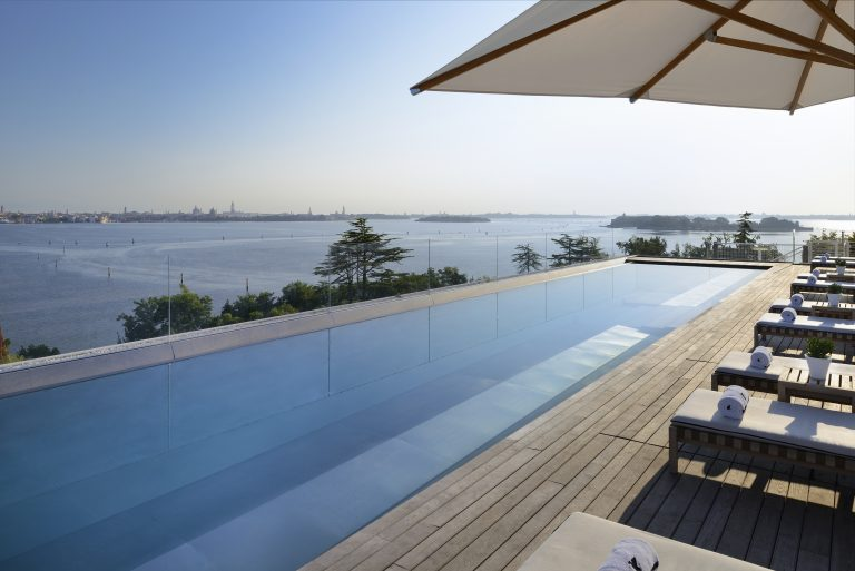 JW Marriott Venice Resort & Spa Rooftop_Pool15