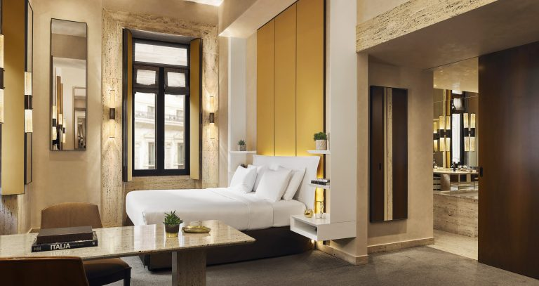 Park-Hyatt-Milan-Junior-Suite-210-Bed