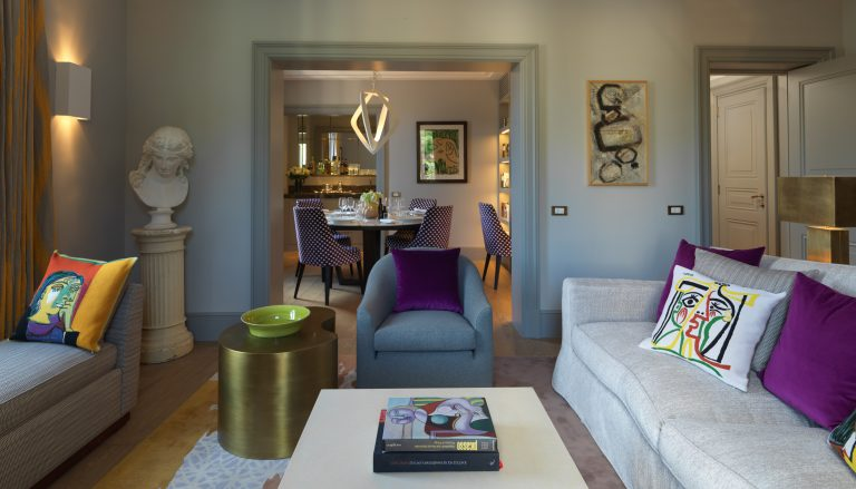 RFH Hotel de Russie - Picasso Suite - Sitting room looking towards dining room