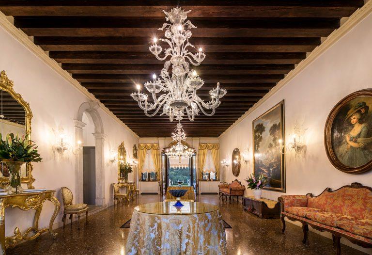 Relais & Châteaux Villa Franceschi Palazzo3