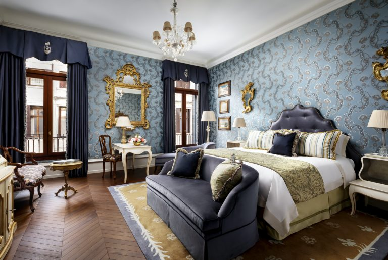 The Gritti Palace 18 -King Giglio Prestige Guest Room
