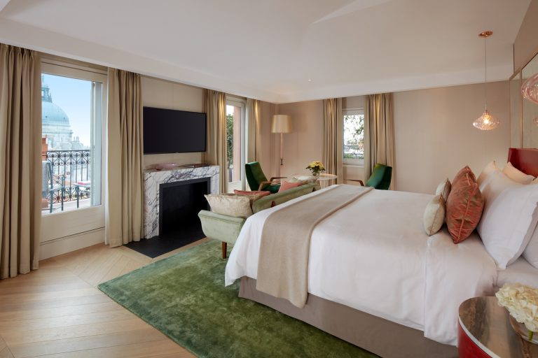 The St. Regis Venice -Terrace Grand Canal View Guest Room