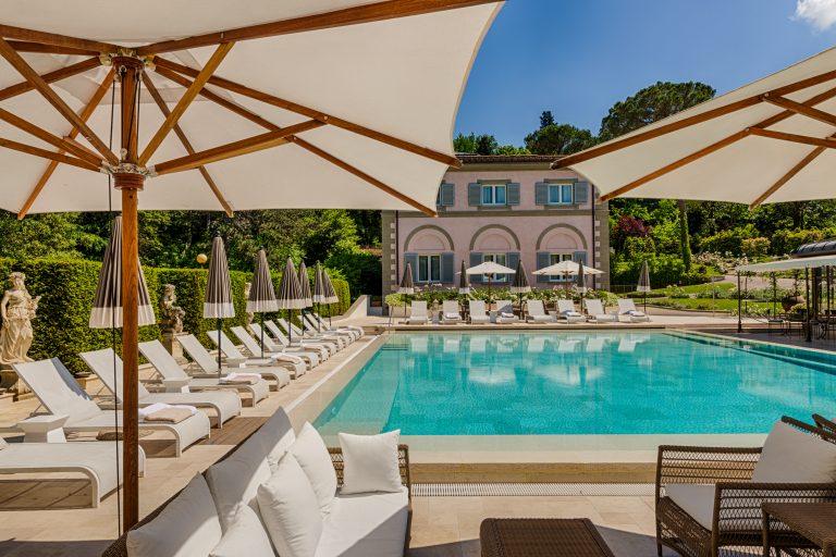 Villa Cora Pool_Villino view