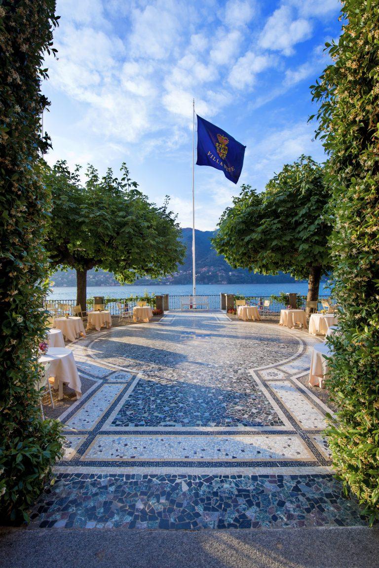 Villa d'Este lake terrace