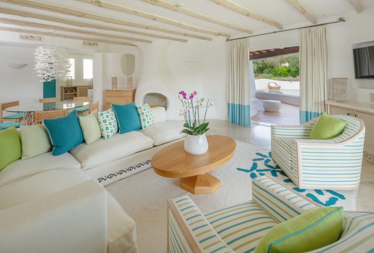 luxOLBRLgr-273664-3 Bedroom Villa Villa Acquamarina Living Room-