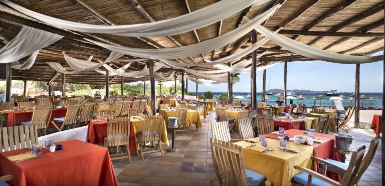 luxOLBRLre-204809-Barbeque Restaurant-
