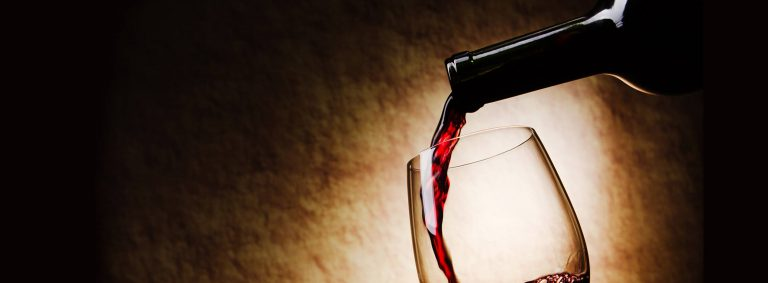webbrochurephoto_0000s_0012_main_wine