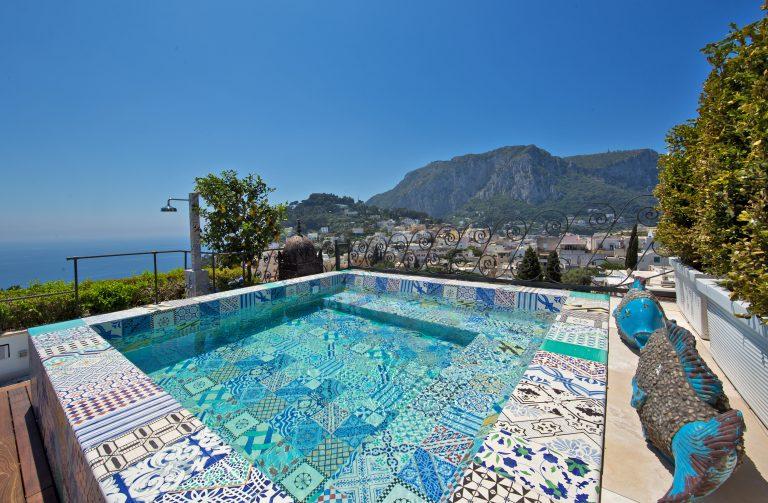 Capri Tiberio Palace - Bellevue Suite pool detail