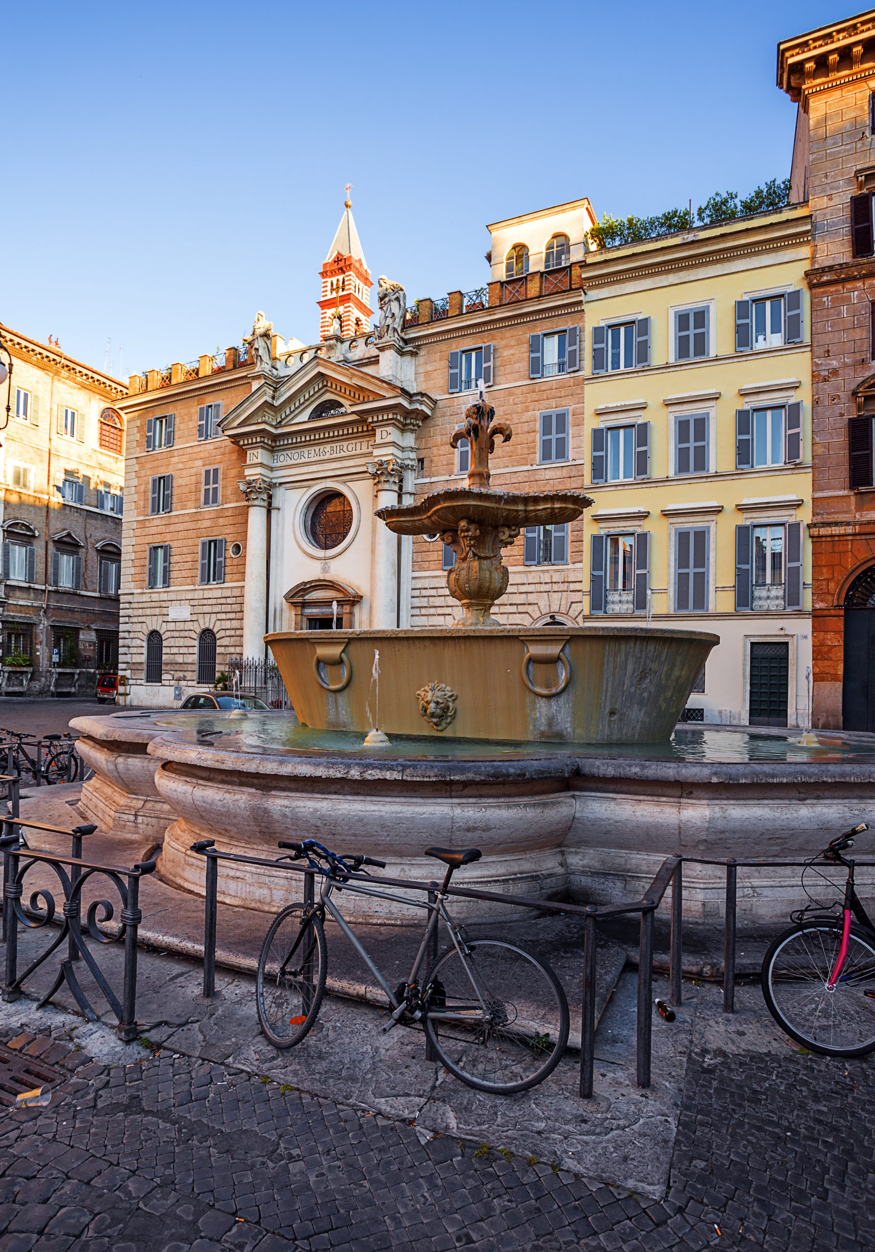 Two,Fountains,From,Old,Bathtub,In,Square,If,Front,Of