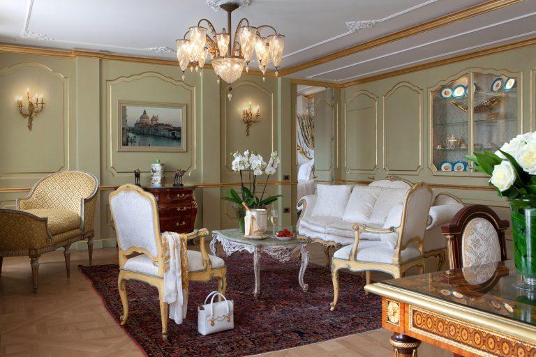 Baglioni_Hotel_Luna_Terrace_San_Giorgio_Suite_living_area