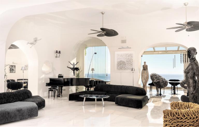 Villa Franca Hall-HVF